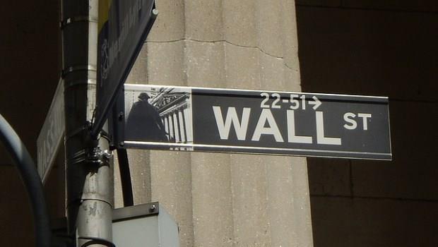 為何當投資人感到緊張並退場 但美股就是跌不下去?