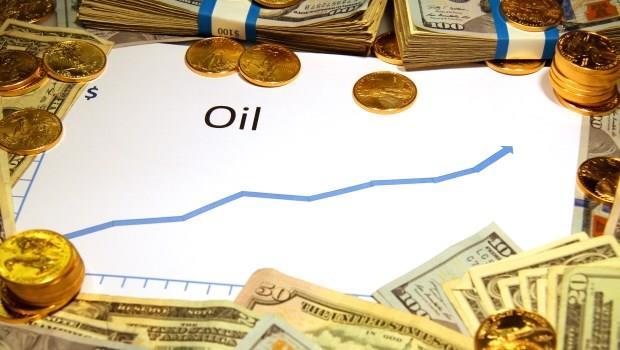 油價重返50美元大關!煉油利差將改善,這家塑化廠Q1獲利可期,股價蓄勢上攻百元!
