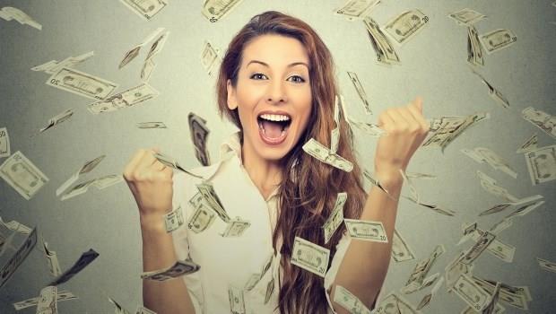 掌握經濟主導權,你就是自己的「女王」!用3方法投資,樂擁千萬資產不是夢!