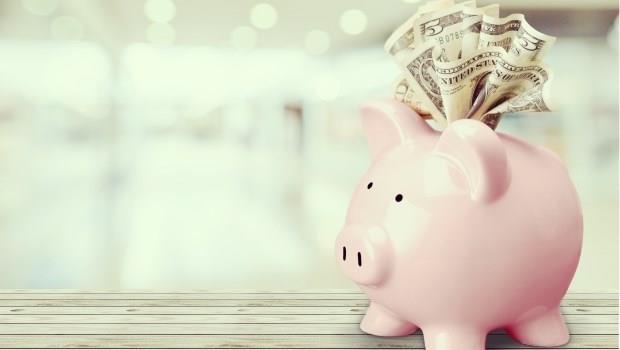 年近30沒存款,還要繳房貸、保險,要享樂只能當月光族?用3招變身有錢人體質