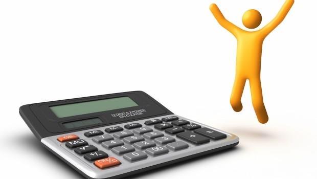當生活費超支時,你選擇延後娛樂或乾脆少存錢?3張表看出你會成為窮人或富人