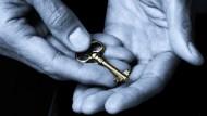 中經院學者:房價高漲、年輕人失落感