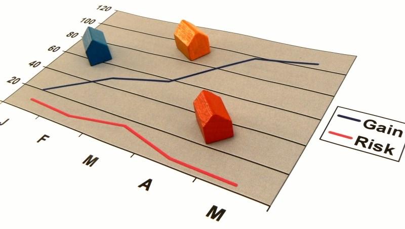 「拿房子抵押創造現金流」以房養老,真的可行嗎?專家:房價走跌、利息上升,都可能破滅