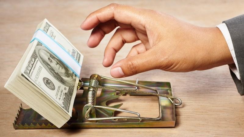外匯保證商品每月利息5%,只收到5個月利息就人去樓空...一個孩子守住爸爸老本的真實故事