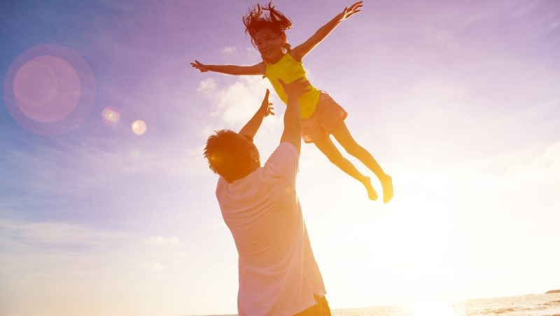 「為什麼一定要學投資?」4年存300張金融股達人給女兒的中肯建議...