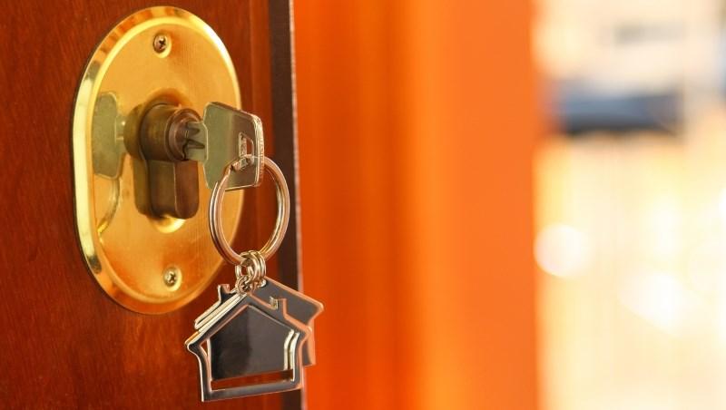 1棟便宜賣的房子,換來親戚間撕破臉…有時候,認識還不如不認識