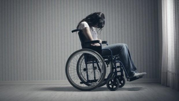 遭遇傷病、治療後也無法痊癒怎麼辦?只要符合5條件,就能申請失能給付!