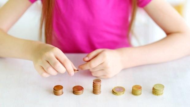 給存款不到10萬的小資族》做到5件事,每月多存上萬元!
