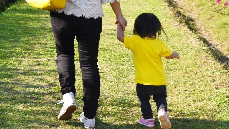 離婚後帶女兒遠走他國,工作2年後卻失業在家...洪雪珍:女人要活出自己,先想好3件事