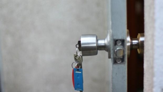 法律規定「房東不能任意斷水、斷電或換鎖」你知道嗎?租屋遇到惡房東,用這招自保