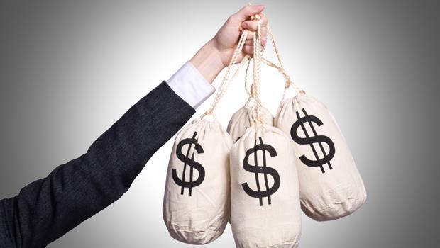從股市中,自動穩定收錢!曾經流浪教師,3步驟打造千萬財富