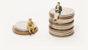 錢傻擺在交割戶,利息差6倍!小資女:理財新手善用「這帳戶」